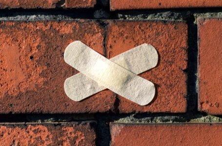 Pęknięcia na ścianach w nowym domu – co powinieneś wiedzieć?