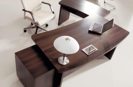 Dobieramy meble biurowe do klasycznego gabinetu – na co się zdecydować!