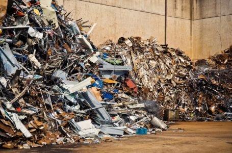 Jak pozbyć się złomu i innych odpadów?